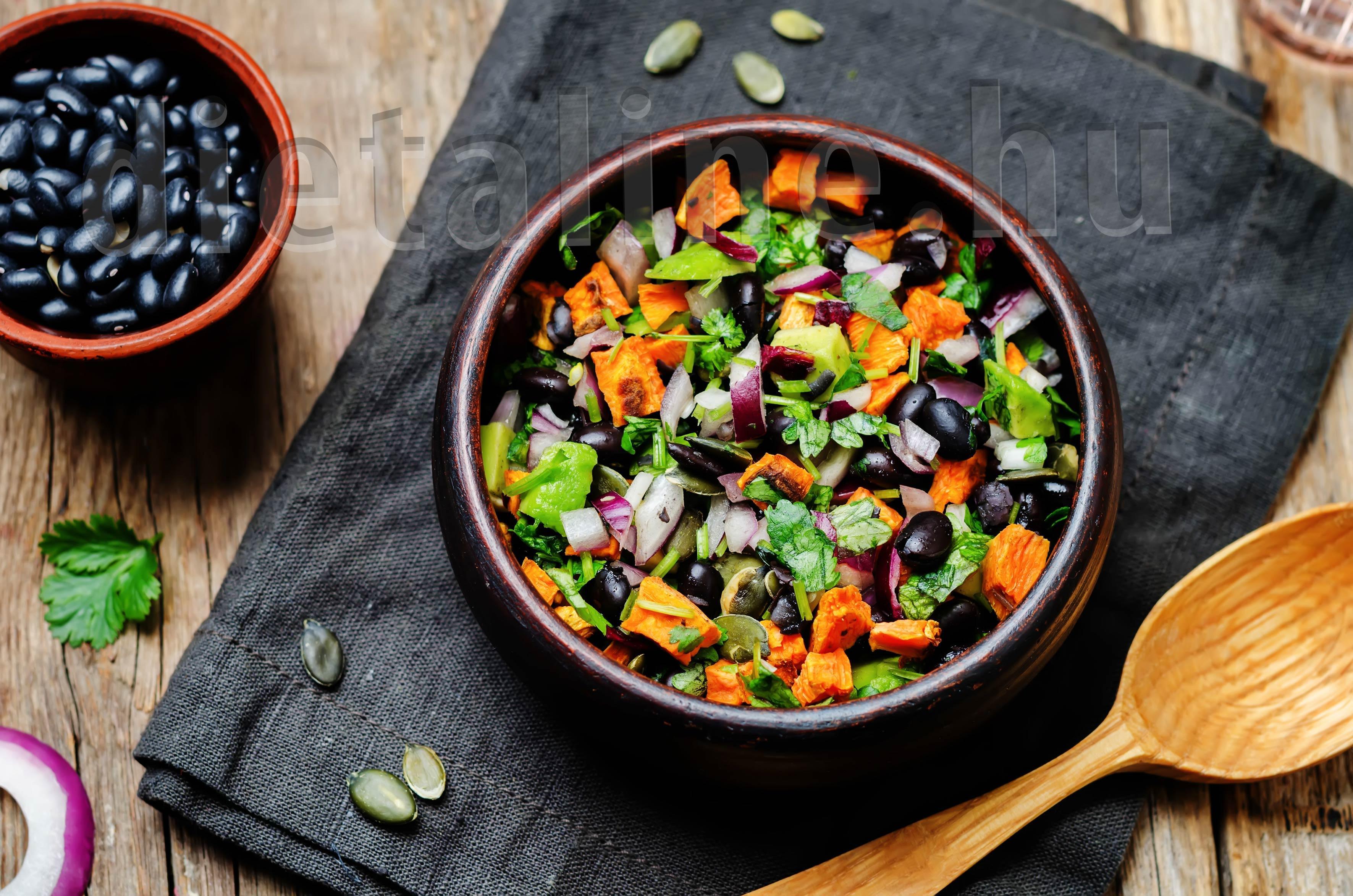 Fekete babos avokádó saláta - DietaLine