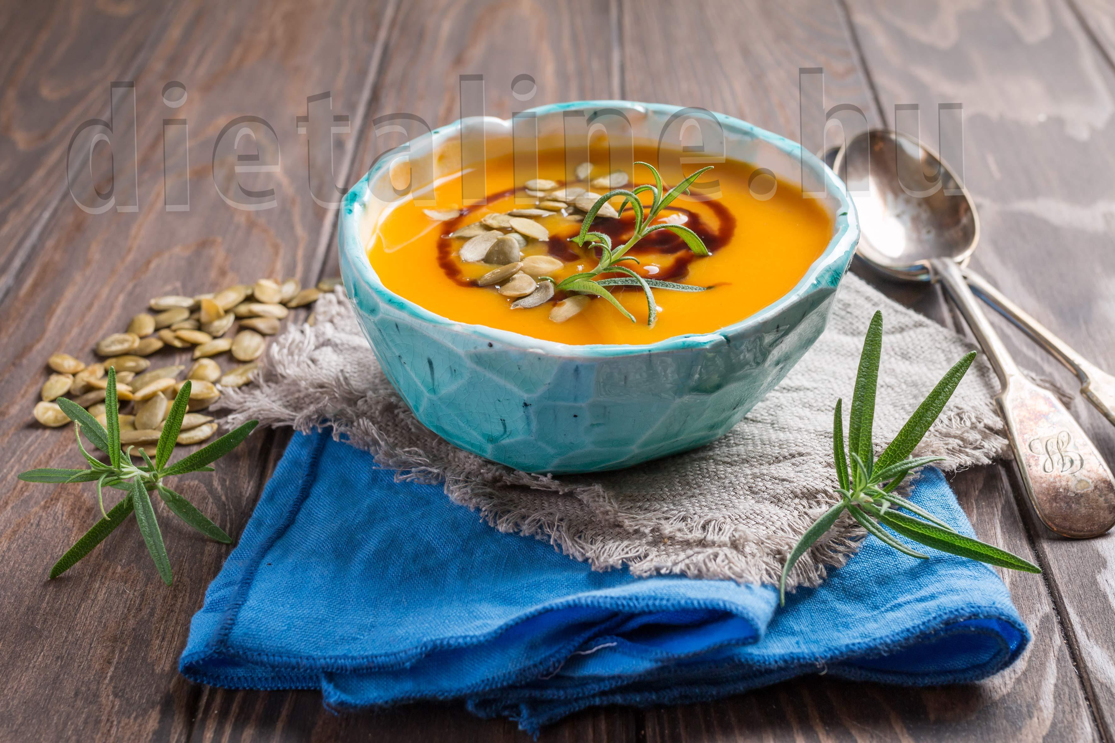 Tökmagos sárgarépa-paszternák krémleves - DietaLine
